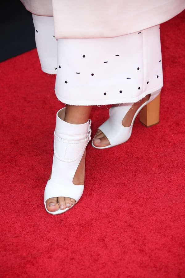 Carmen Ejogo Feet