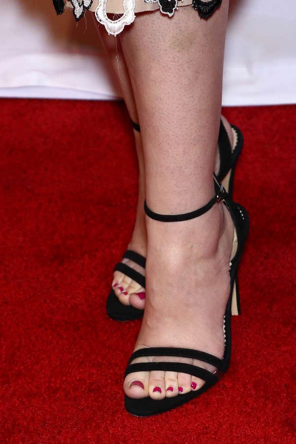 Maggie Siff Feet