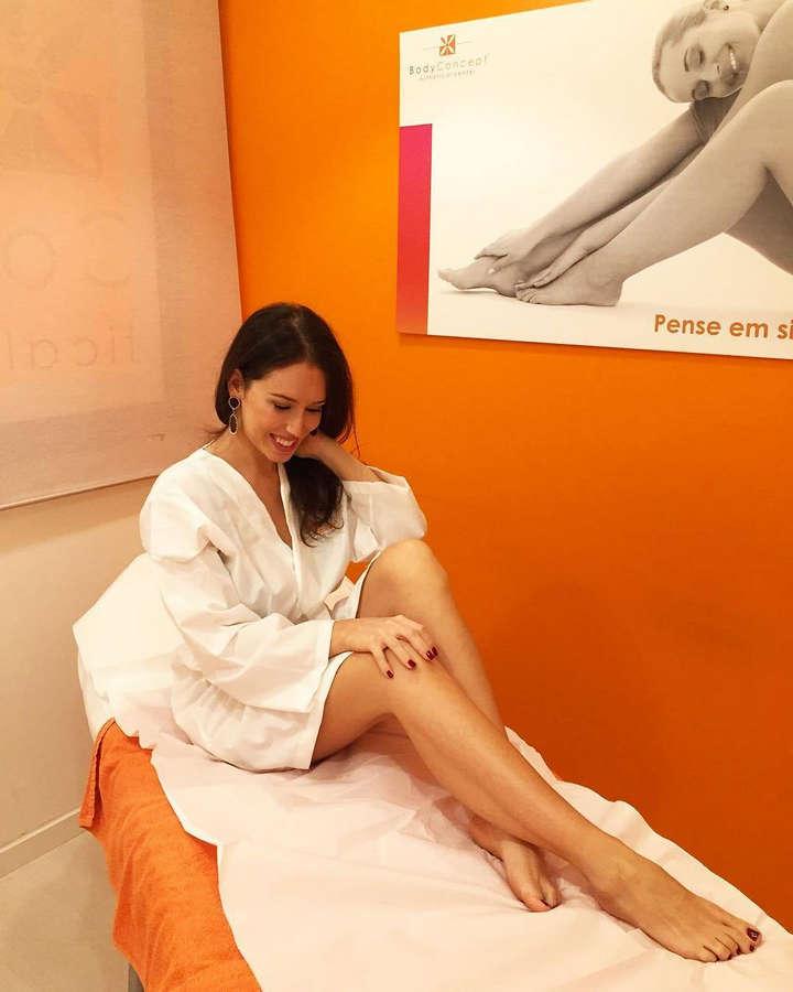 Julia Belard Feet