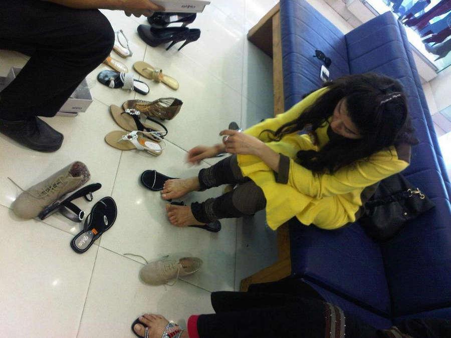 Shaista Lodhi Feet