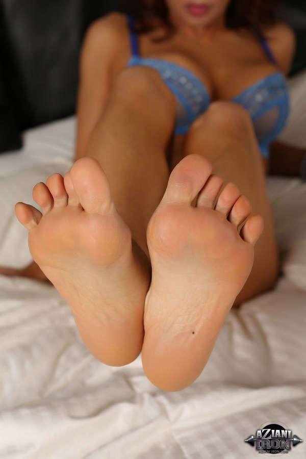 Devon Michaels Feet