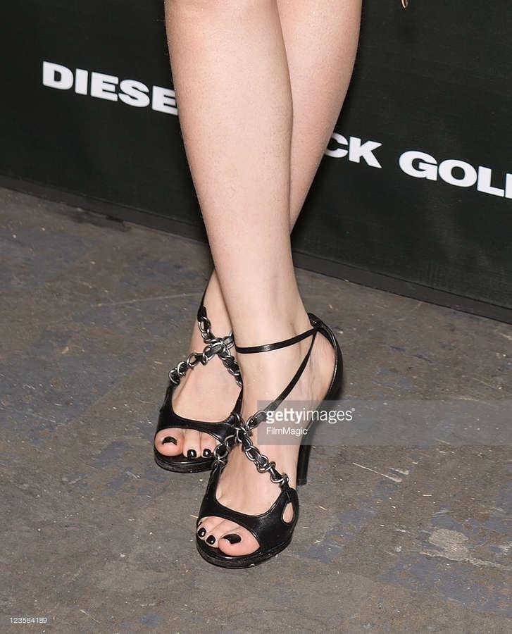 Peng Lin Feet