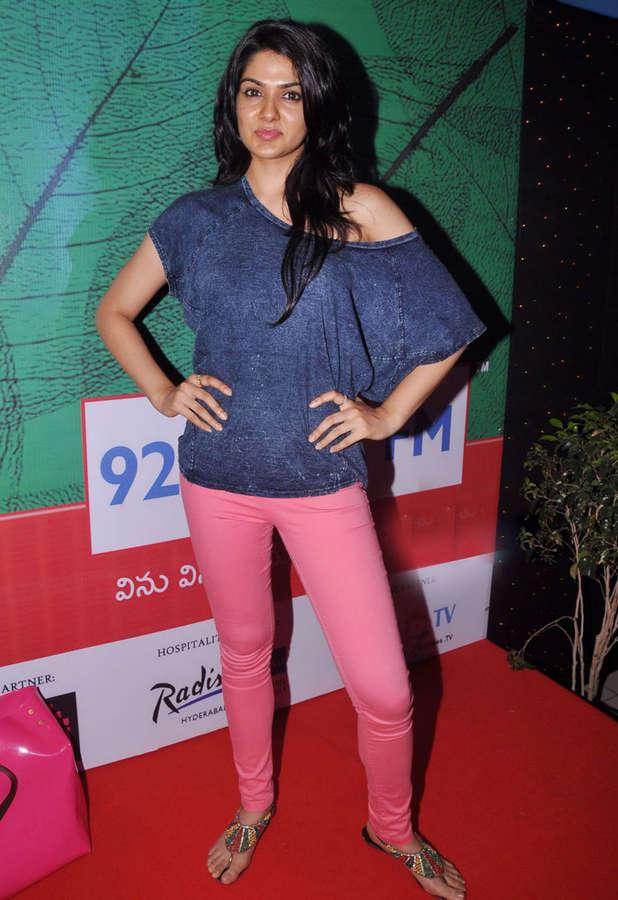 Sakshi Choudhary Feet