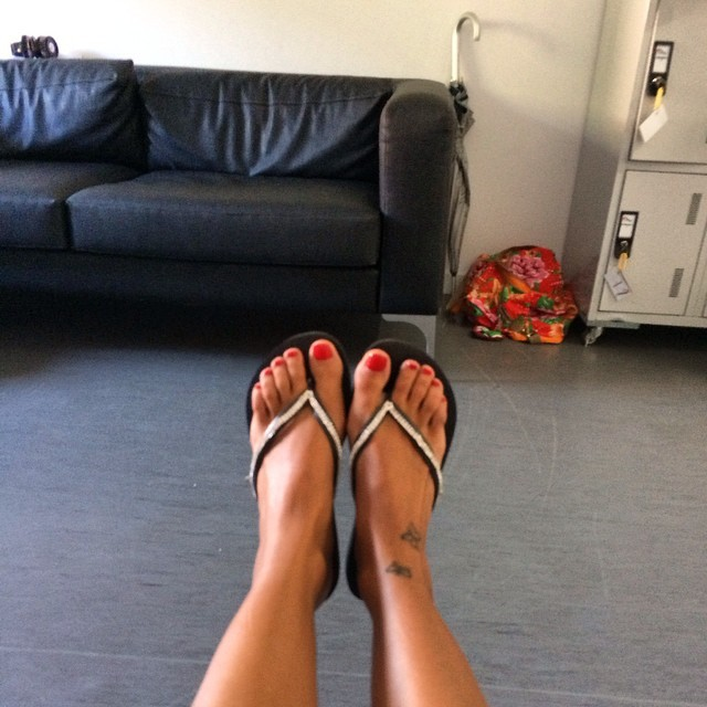 Jessica Athayde Feet