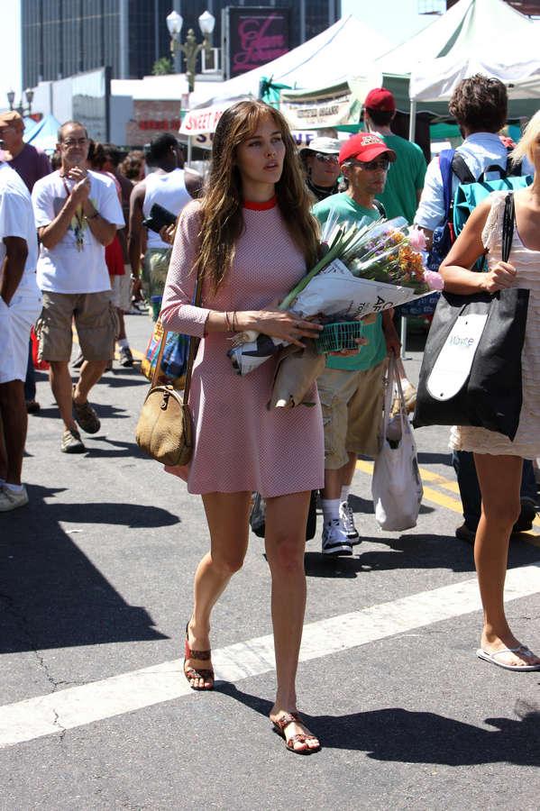 Isabel Lucas Feet