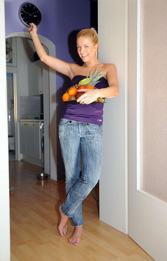 Tina Kaiser Feet