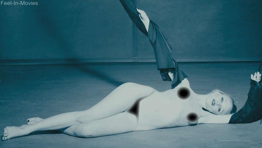 Ivy Levan Feet
