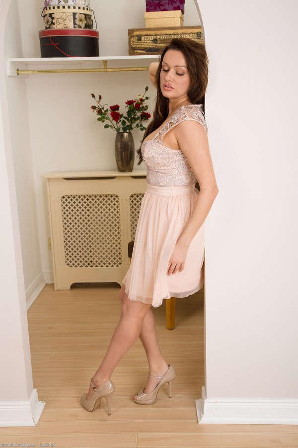 Amber Jayne Feet