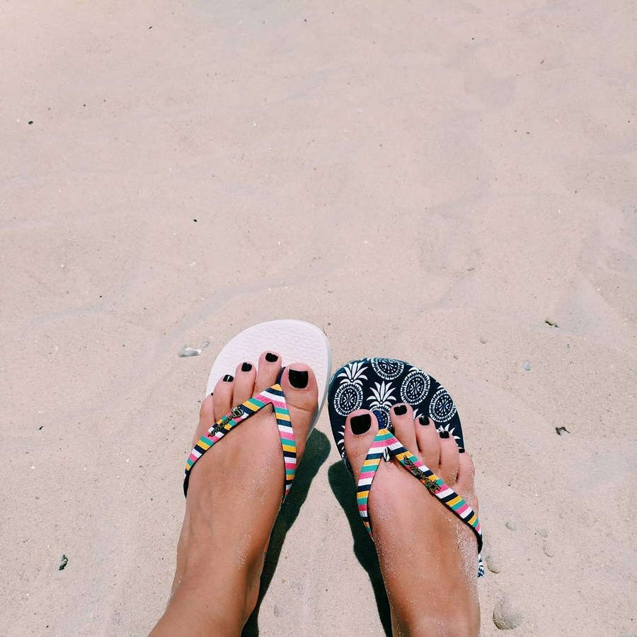 Bruna Carvalho Feet