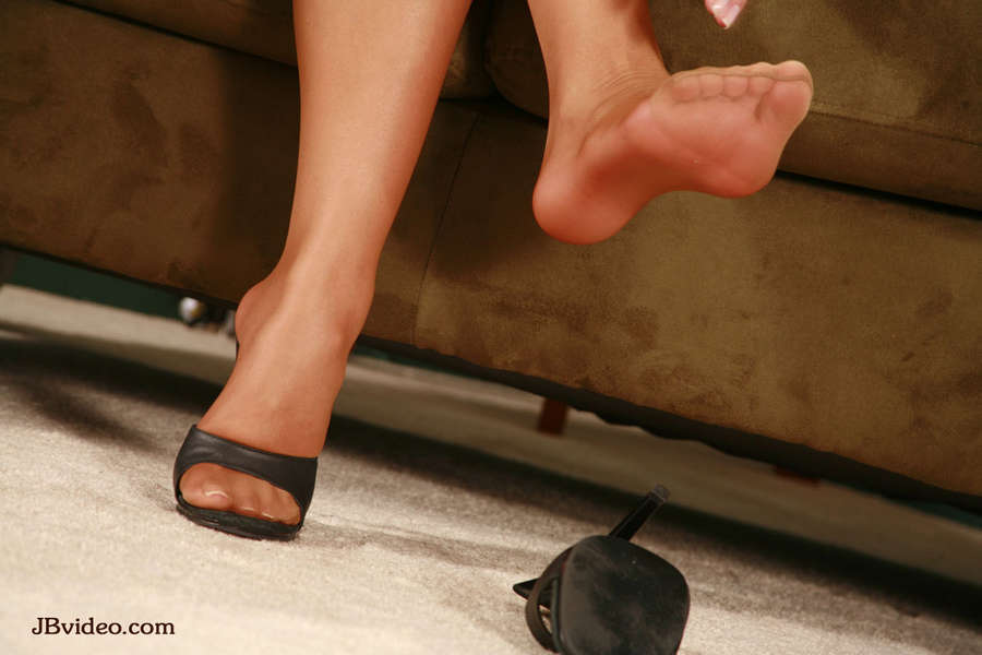 Jennifer Luv Feet