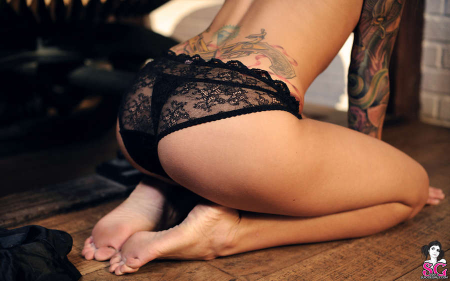Arabella Drummond Feet