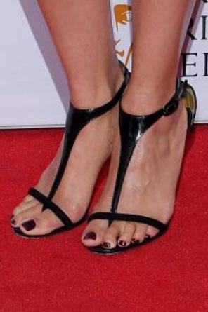 Pearl Mackie Feet
