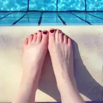 Alice Levine Feet