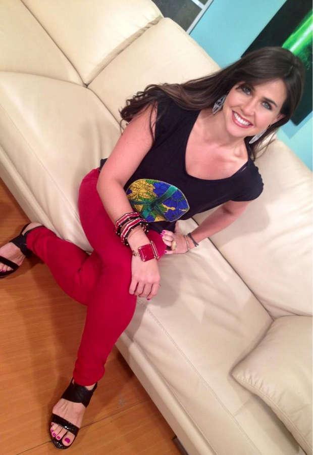 Antonella Baricelli Feet