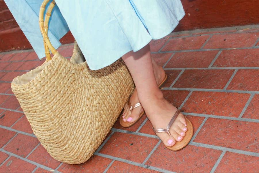 Grey DeLisle Feet