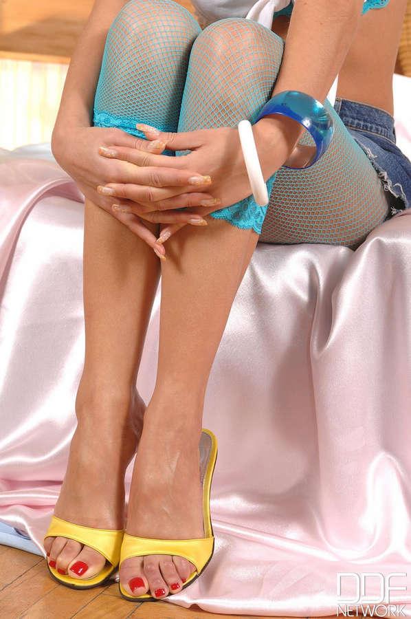 Candy Alexa Feet