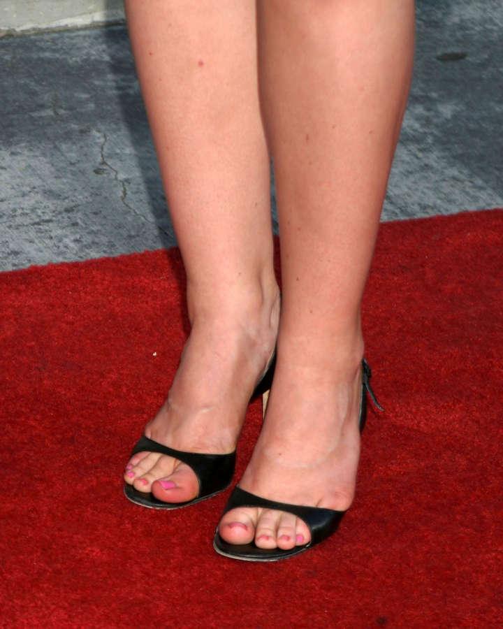 Alison Sweeney Feet