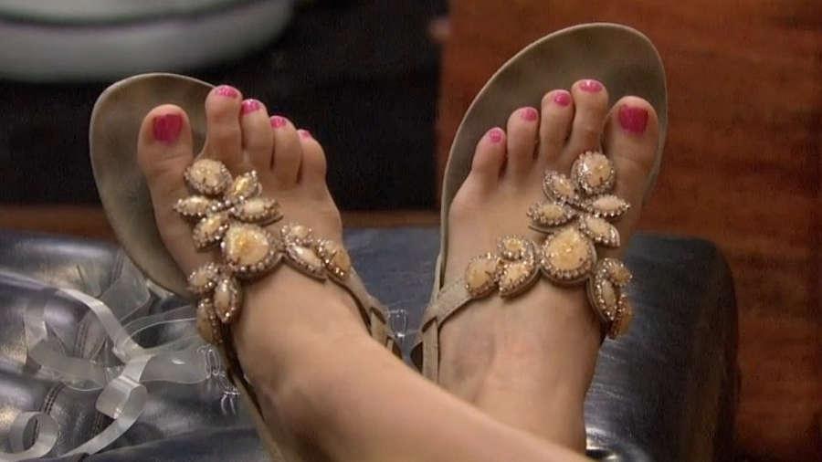 Nicole Franzel Feet
