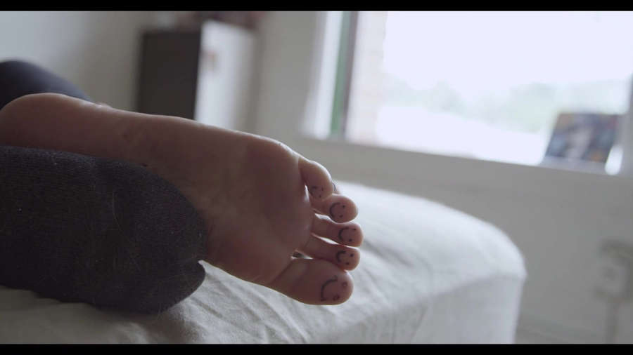 Dani Vee Feet