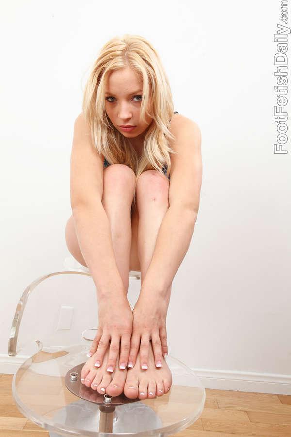 Alyssa Branch Feet