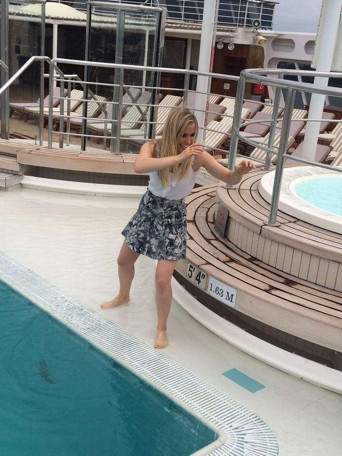 Anna Gilligan Feet