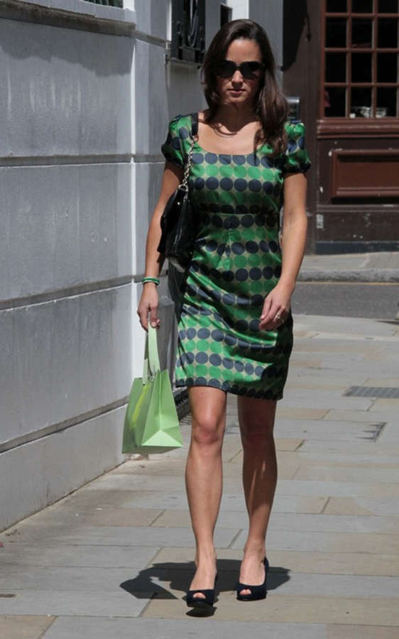 Pippa Middleton Feet