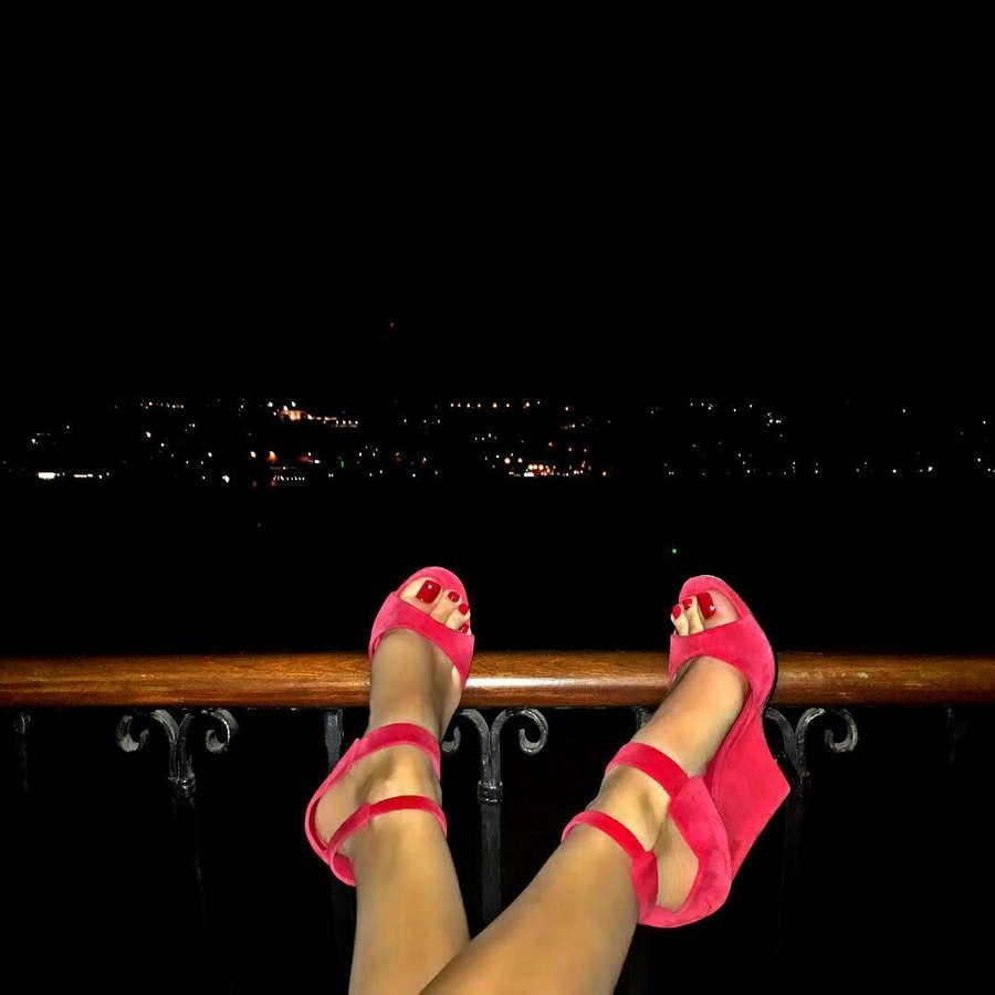 Ebru Polat Feet