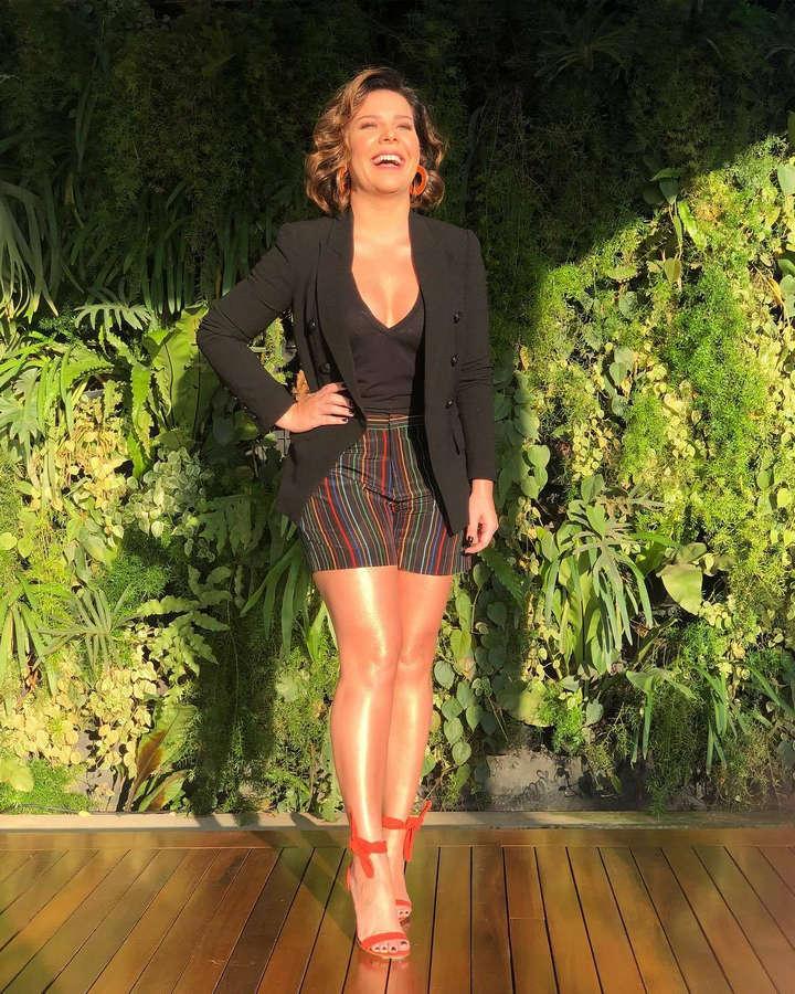 Fernanda Souza Feet