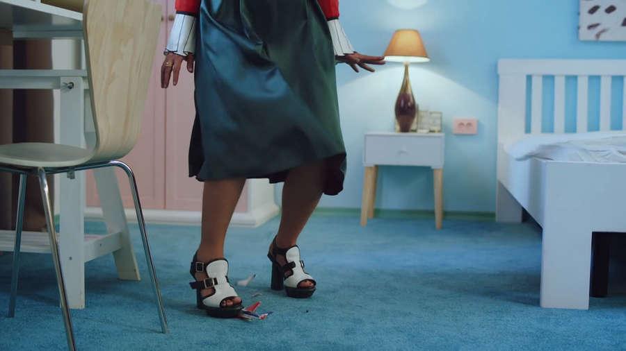 Anita Tsoy Feet