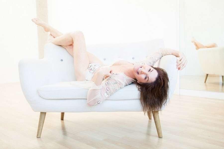 Caroline Williams Feet