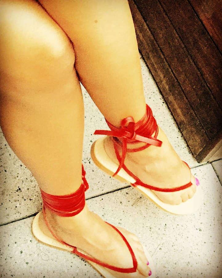 Lourdes Duarte Feet