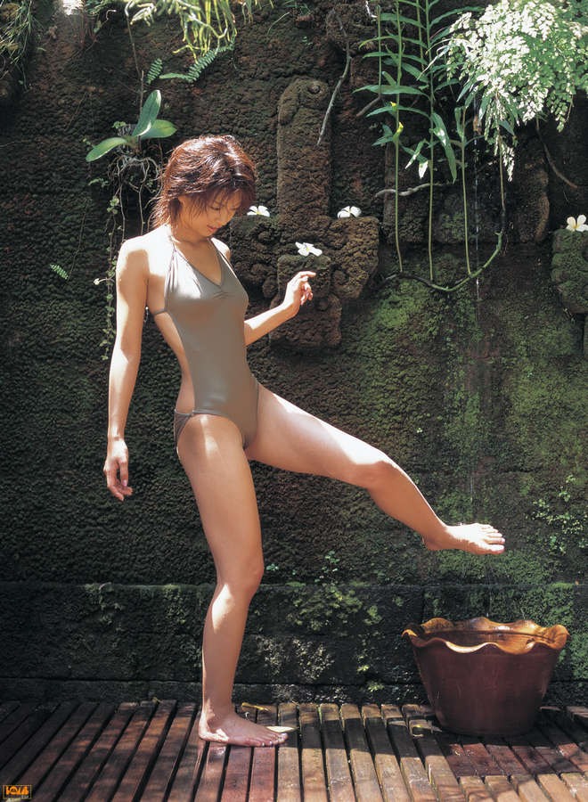 Misako Yasuda Feet