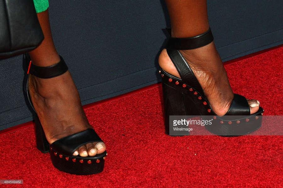Aisha Hinds Feet