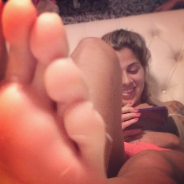 Vanessa Mesquita Feet