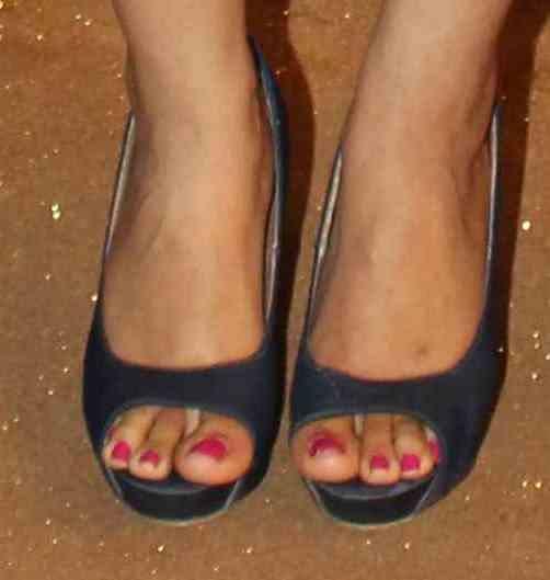 Ragini Khanna Feet