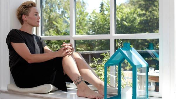 Anja Steensig Feet