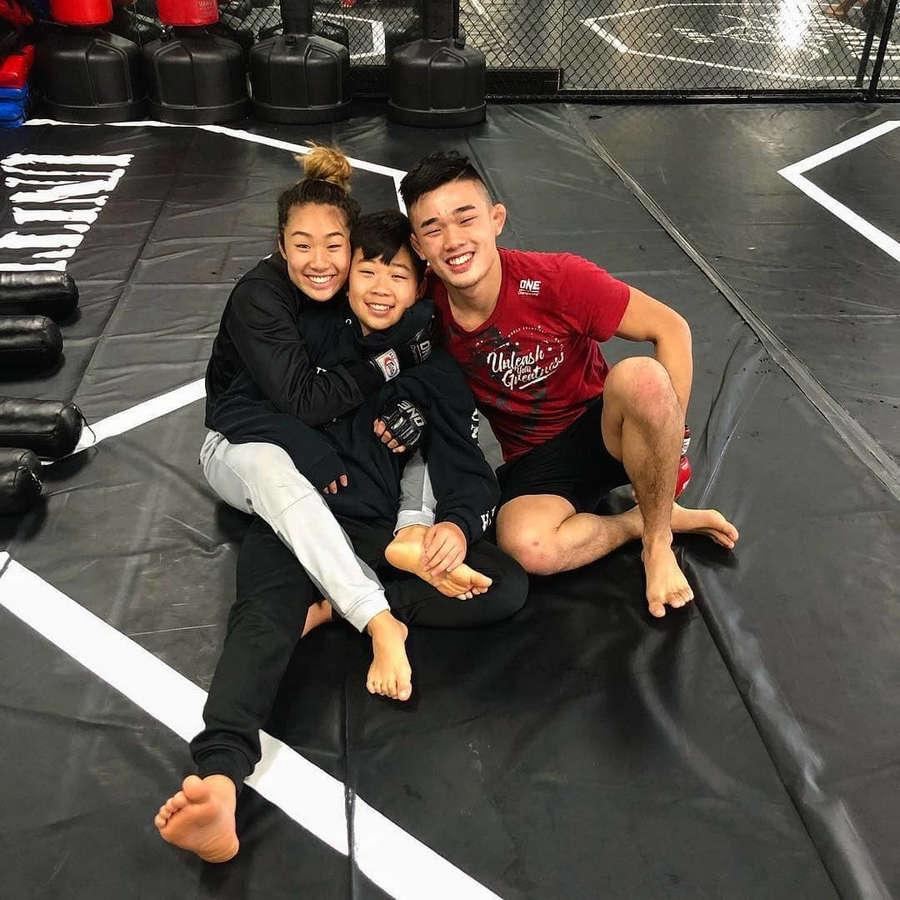 Angela Lee Feet