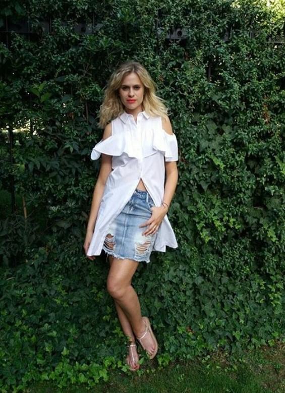 Eliana Albasetti Feet