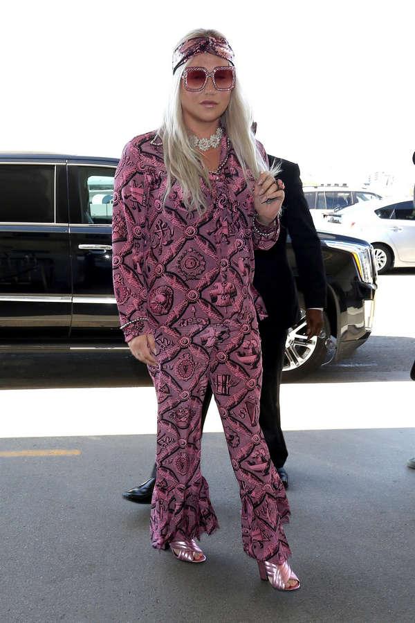 Kesha Feet