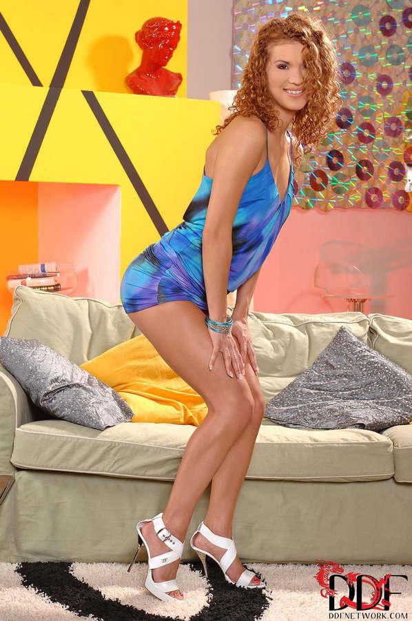 Juliette Shyn Feet