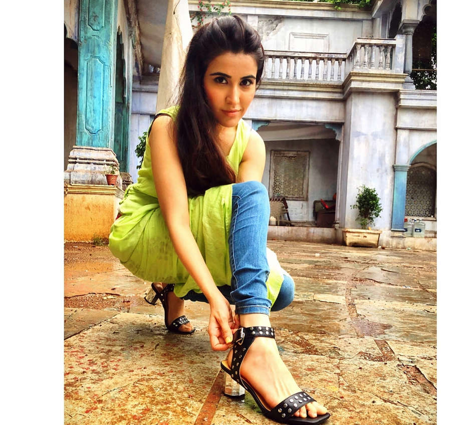 Sheena Bajaj Feet