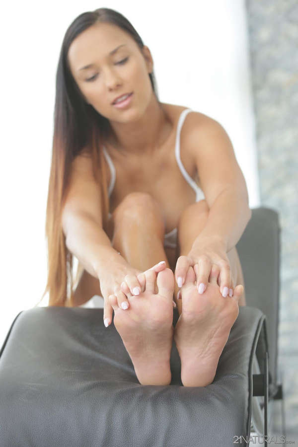 Victoria Sweet Feet