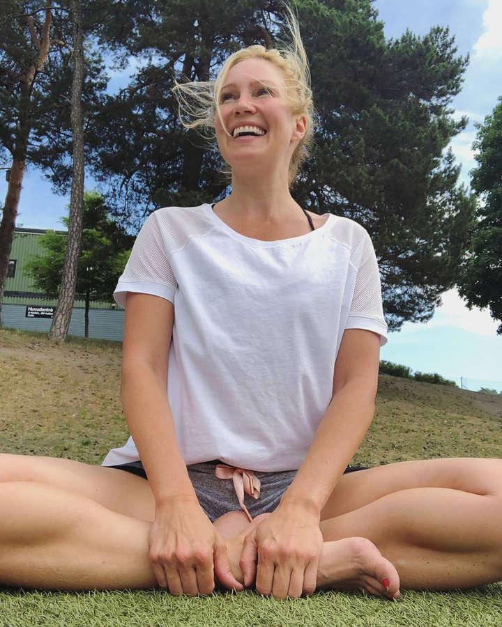 Jessica Almenas Feet