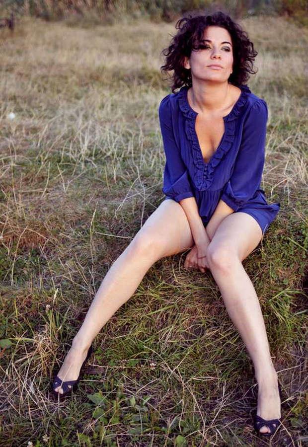 Julia Pogrebinska Feet