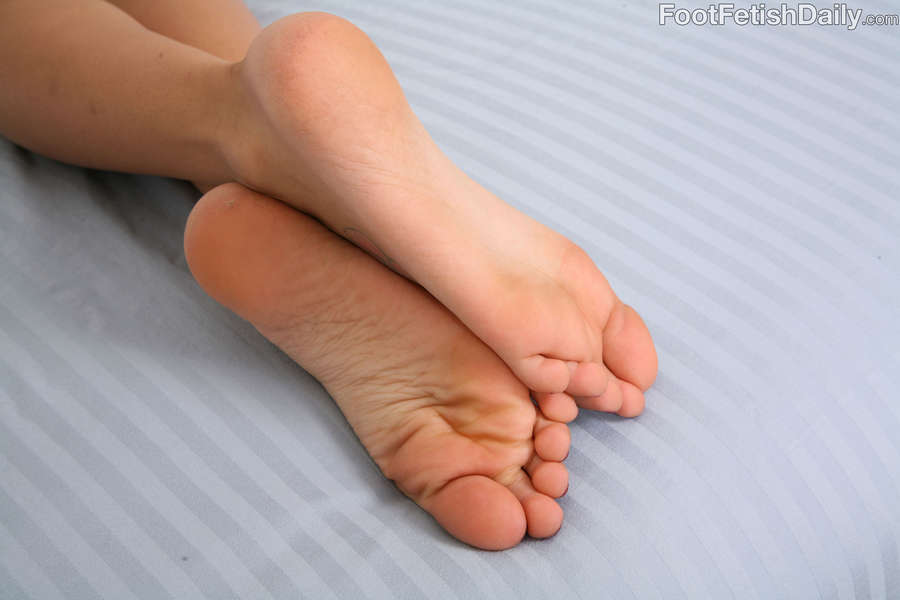 Amia Miley Feet