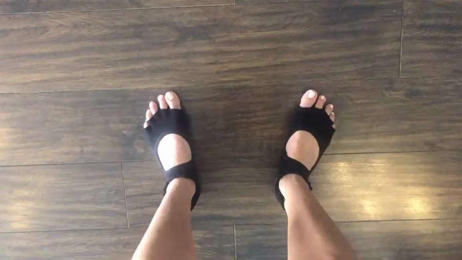 Ruby Rose Feet