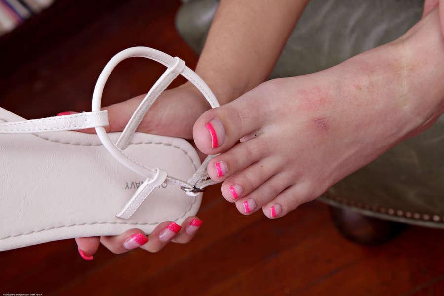 Mimi Rayne Feet