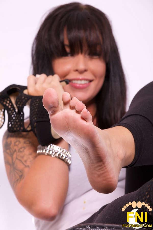 Aria Aspen Feet