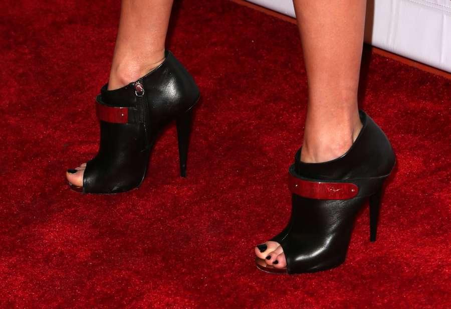 Sarah Barthel Feet