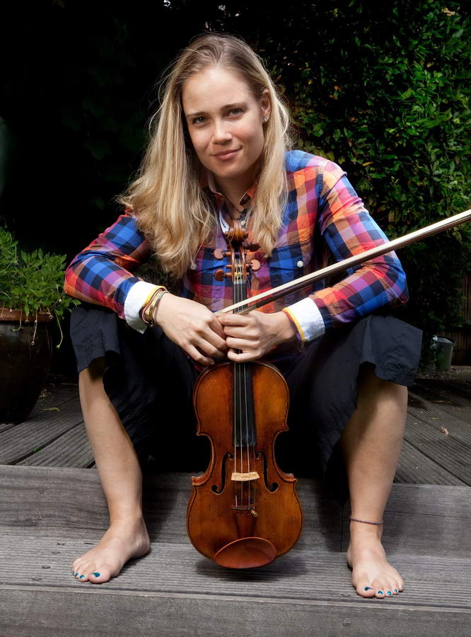 Leila Josefowicz Feet